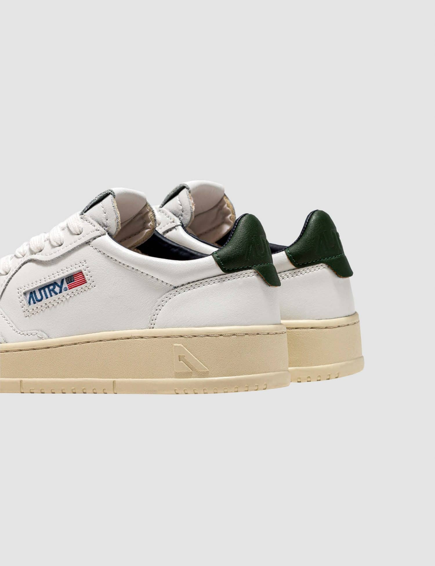 Autry - Leather Dark Green sneaker